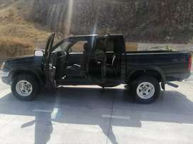 Nissan Frontier 4x4 2,000 a 2004