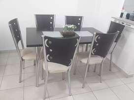 Liquido hoy. Mesa y 6 sillas. Cuotas!