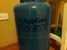 Tanque de gas vacio