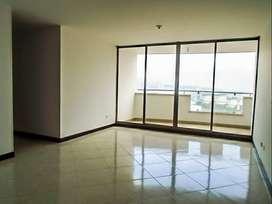 Apartamento en Arriendo Envigado Sector Jardines. Cod PR9185