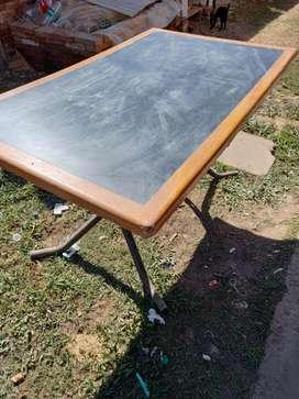 Vendo mesa de 1.40 metros