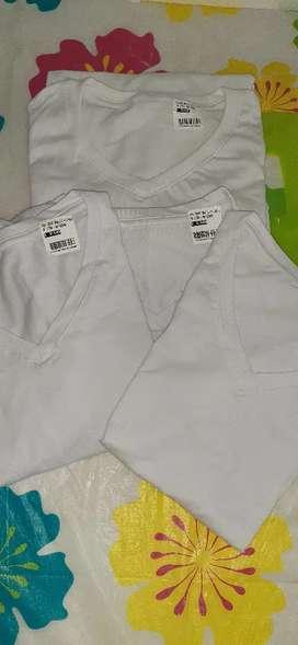 Vendo camisetas blancas en algodon