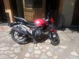 VENDO Moto como nueva negociable.whasaap