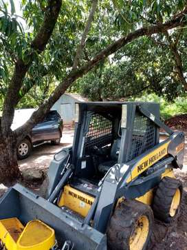 VENDO MINICARGADOR (BOBCAT) NEW HOLLAND