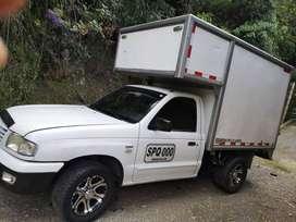 Se vende camioneta MAZDA B22 para carga de alimentos, excelente negocio.