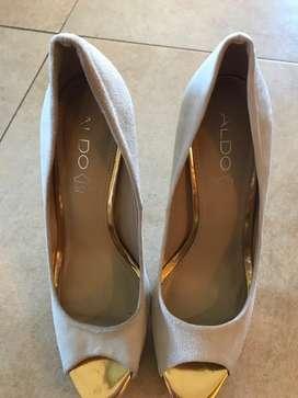 Zapatos de Cuero Aldo 38