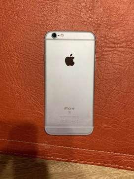 Iphone blanco - 16 GB - 1 año de uso - estado 9/10 - con accesorios
