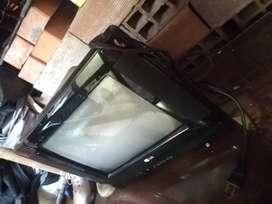 Se vende TV lg