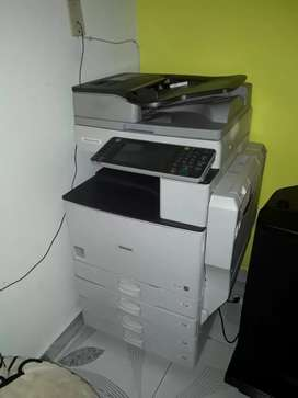 fotocopiadora ricoh mp 4002