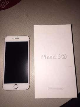 Se vende iphone 6s oro rosa en excelentes condiciones.