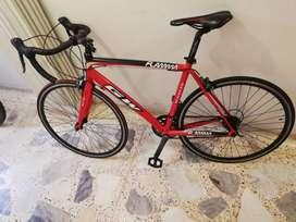 Bici de ruta roja GW