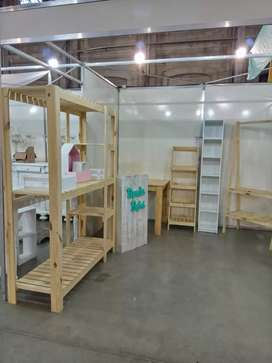 Mueble estantería pino