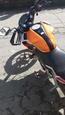 Se vende moto repsol