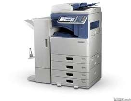 Fotocopiadora multifuncional Toshiba 2555c