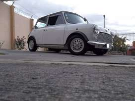 Classic Mini Morris Mayfair Edition