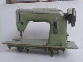 Antigua Máquina de Coser Marca Sigma