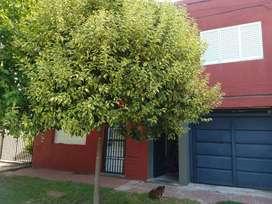 Casa de dos plantas independientes.