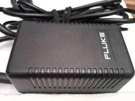 Cargador adaptador FLUKE PM8907/808 para osciloscopio y analizador