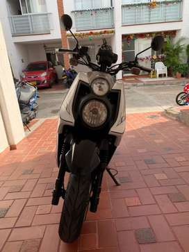 Vendo moto bws 2016