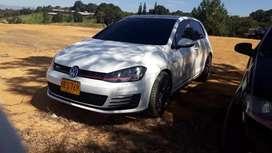 Se vende Volkswagen golf GTI 2.0 turbo 2015