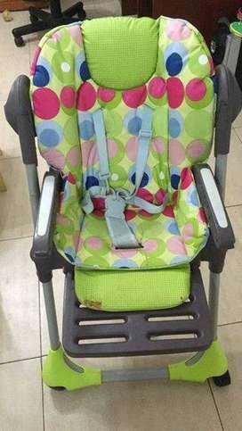 silla para bebe de comer y dormir regulable en altura y posicion con ruedas