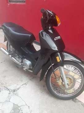Vendo moto 110.