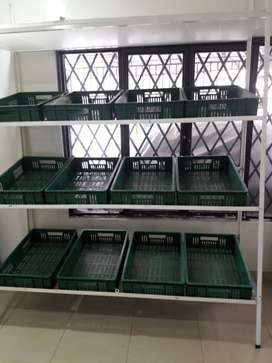 Se vende estante para fruver