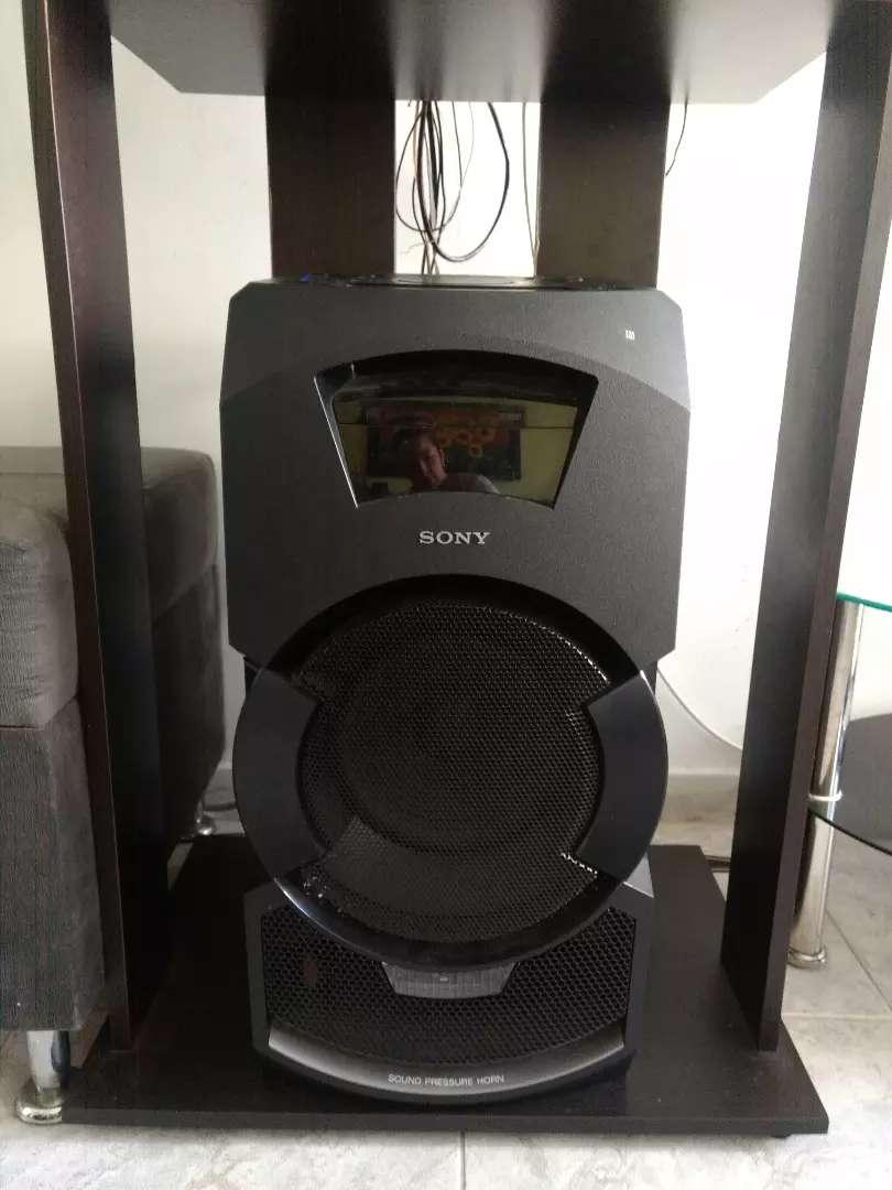 Se vende Equipo de sonido con barra Sony 0