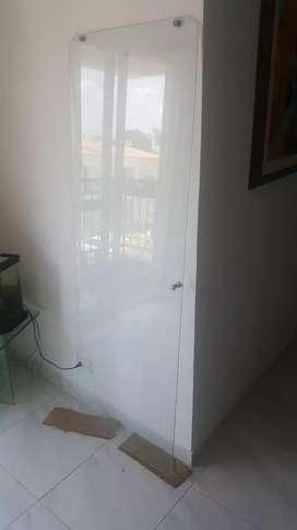 Vendo puerta de vidrio para ducha o baño