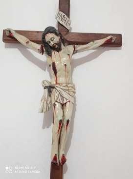 Cristo elaborado por maestro ecuatoriano