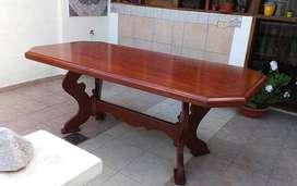 Mesa de madera de Comedor