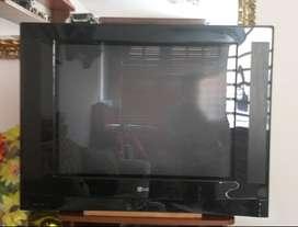 """TV televisor LG Super Slim de 21"""", pantalla plana convencional."""