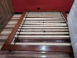 Base cama con colchon