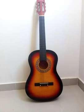 Guitarra acústica en perfecto estado 10/10