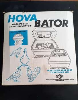 Vendo incubadora de huevos HOVA BATOR