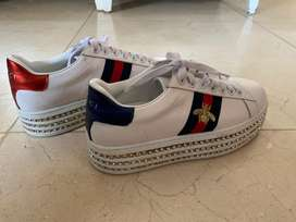 Vendo Zapatillas altas gucci