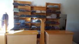 Muebles Local Ropa