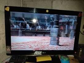 """Televisor de 32"""" normal sin canales HD"""