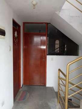 Departamento 2do piso 66 m2 Los olivos