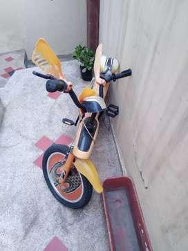 Vendo linda bicicleta