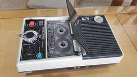 Grabador con Radio( de Museo)