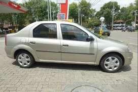 Vendo Renault logan 1600 recién reparado con gas y gasolina