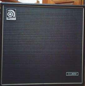 Ampeg BA300 Combo 115 Pre Valvular 300 watts 1x15