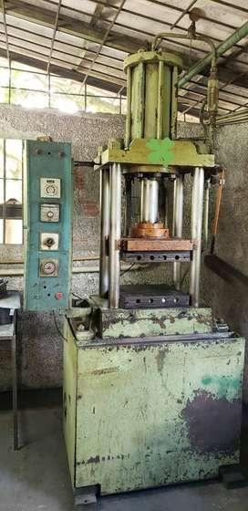 Venta de Máquina para prensar Baquelita