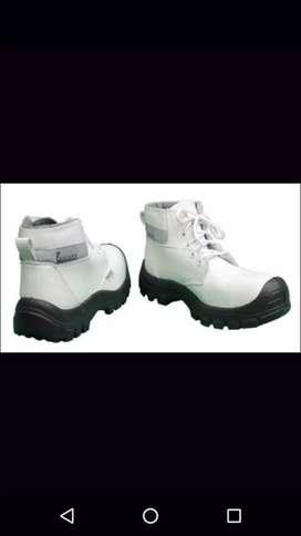 Vendo botas blancas de dotación.