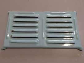 Rejilla Ventilacion Doble En Hierro Enlozado Pieza Años 50
