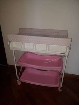 Tina para bebé  marca Prinsel color rosado