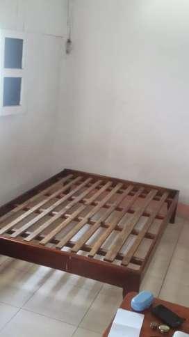 Basa de cama matrimonial