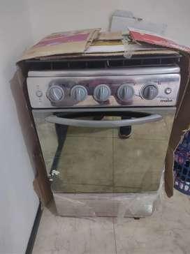 Estufa Mabe 4 puestos , horno y encendido eléctrico. NUEVA NI UN SOLO USO