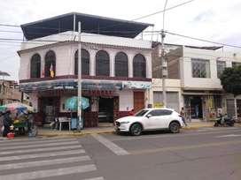 Se vende local comercial. Almacén, fábrica, hotel u otro negocio. En pleno centro de Piura.
